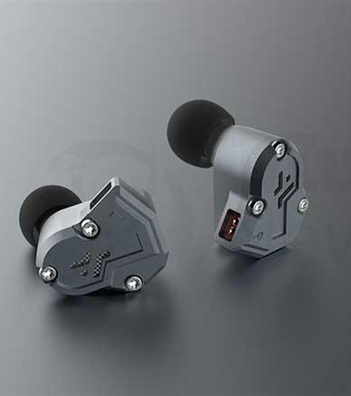 RevoNext Quad Driver In-Ear Headphones RN-QT3 Features, Reviews